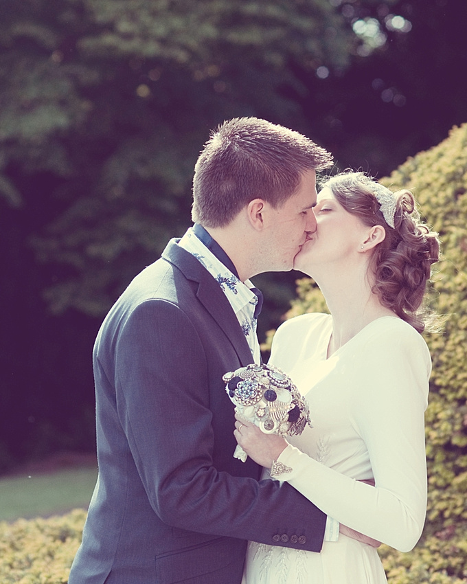 """""""Highbury Hall"""" natural wedding photography Birmingham button bouquet relaxed vintage"""