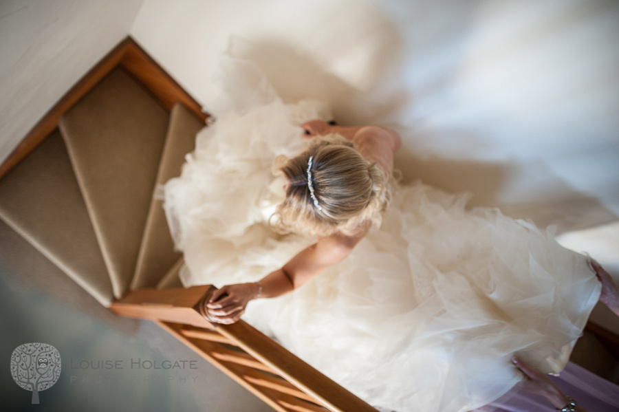 wedding, Hanbury, Worcestershire, bride, getting ready, Vera Wang, dress, natural, documentary, photography, stairs