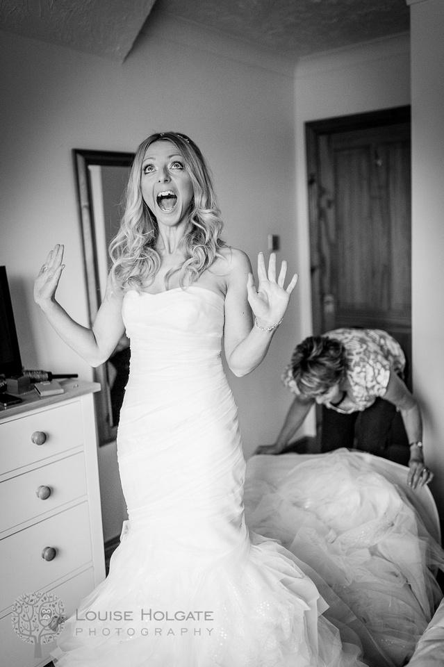 wedding, Hanbury, Worcestershire, bride, getting ready, Vera Wang, dress, natural, documentary, photography