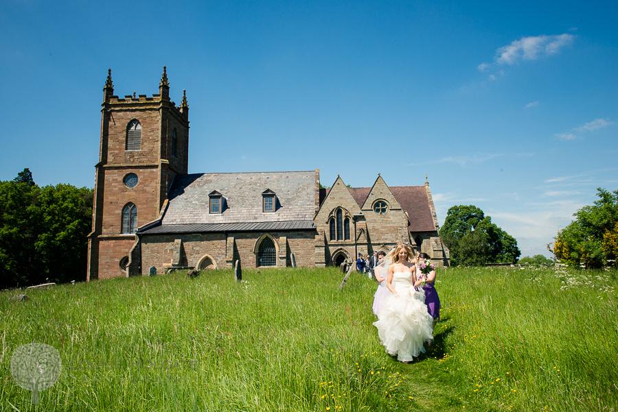 wedding, Hanbury, Worcestershire, bride, church, Vera Wang, dress, natural, documentary, photography
