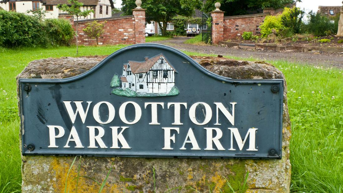 Wootton Park Farm wedding venue Warwickshire