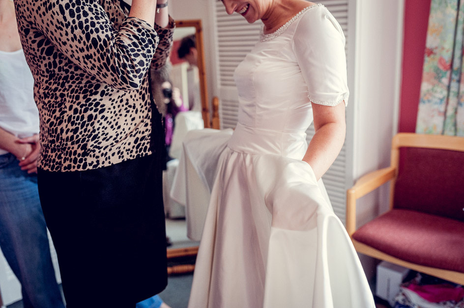 vintage style wedding dress with pockets