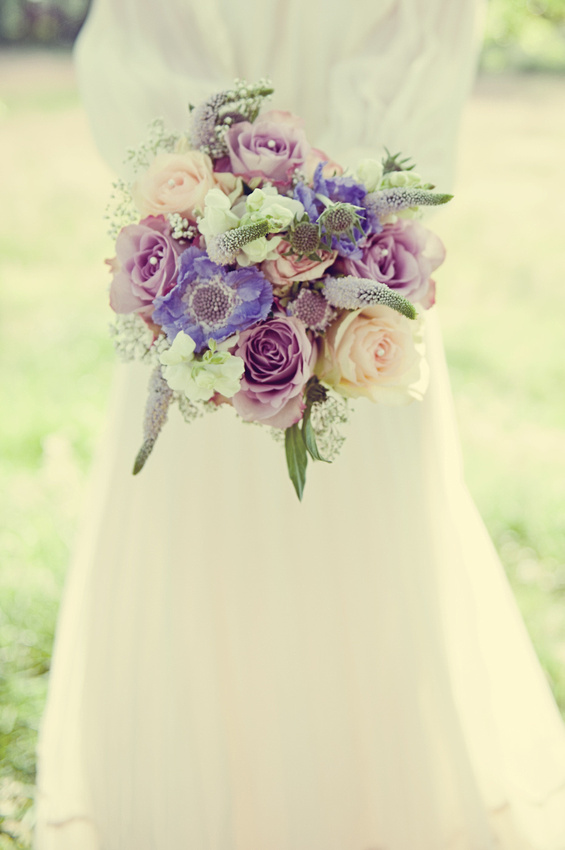 bouquet natural flowers scabious lilac purple relaxed informal