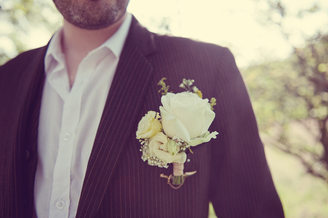 buttonhole cream rose vintage relaxed