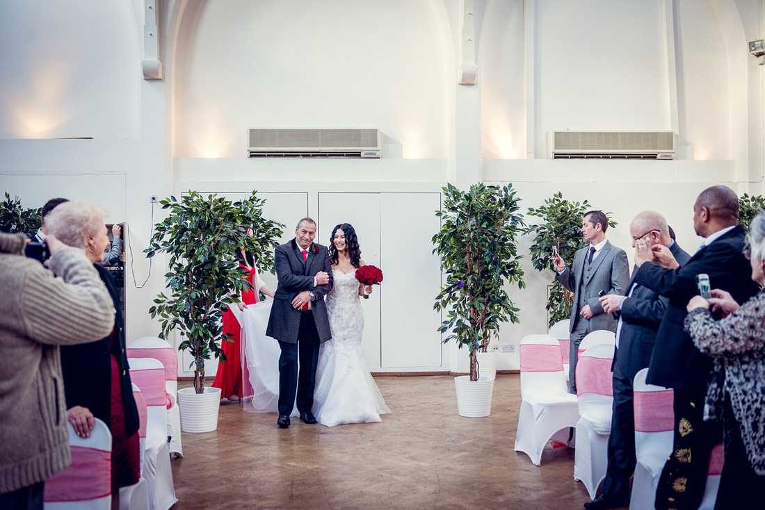 Louise Holgate Photography | A Christmas Wedding at the Old Library ...