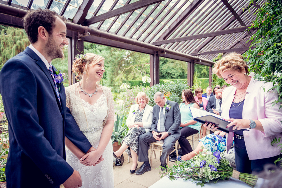relaxed wedding at Hidcote Manor